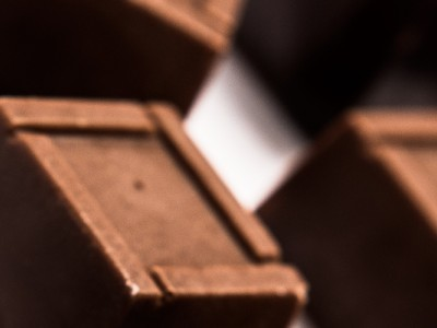 Praline cu ciocolata alba si cafea